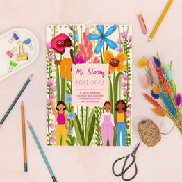 A4 Floral Women Personalised 2022 Monthly Calendar