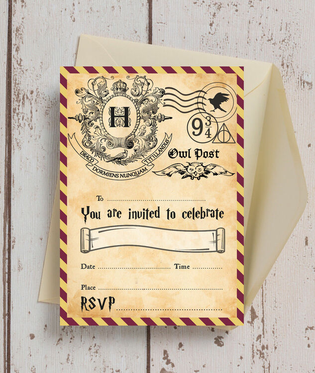 Pack Of 10 Witches Wizards Invitations