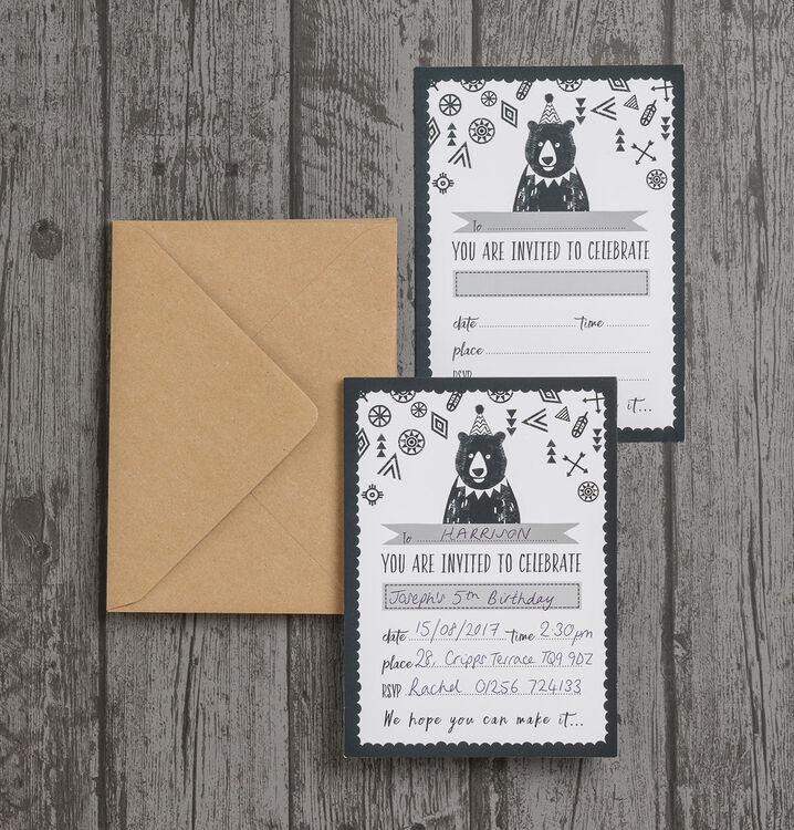 Pack of 10 Grizzly Bear Party Invitations from £6.99 each